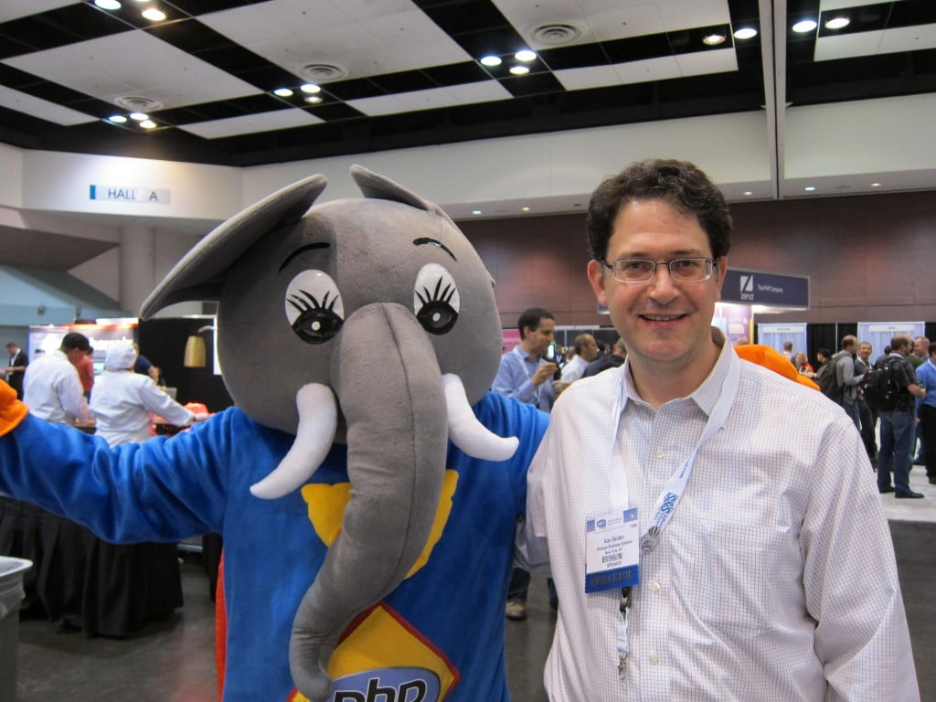 Alan Seiden with elePHPant at ZendCon 2011